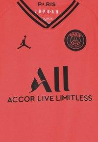 Nike Performance - PARIS ST GERMAIN AWAY KIT - Artykuły klubowe - infrared/black - 3