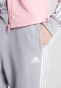 adidas Performance - GAMETIME - Treningsdress - glow pink/medium grey heather - 7