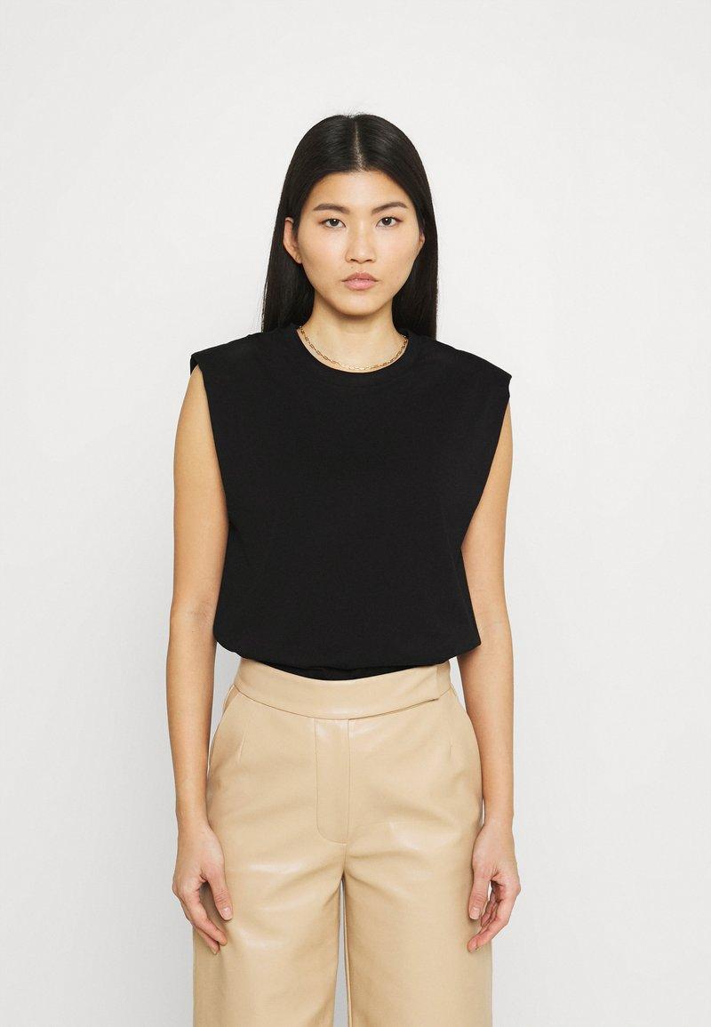Stylein - JOUE - Jednoduché triko - black