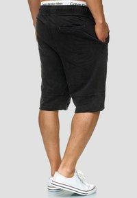 INDICODE JEANS - Denim shorts - Black - 2
