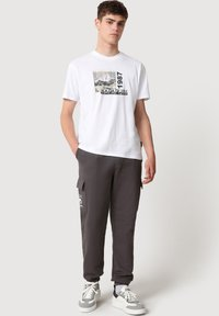Napapijri - SULE - T-shirt print - white graphic - 1