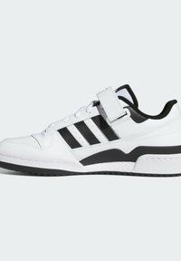 adidas Originals - FORUM LOW UNISEX - Sneakersy niskie - white/core black - 7