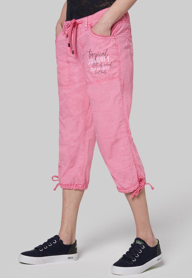 MIT LABEL PRINT - Trousers - lush rose