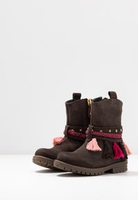 Gioseppo - Cowboy/biker ankle boot - chocolate - 3