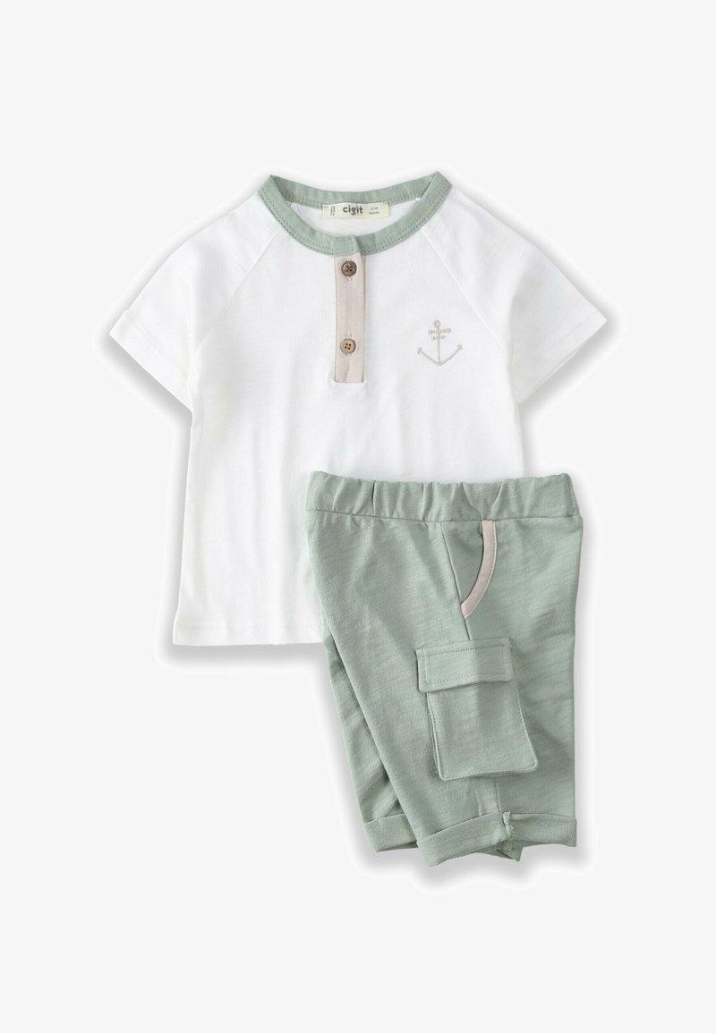 Cigit - SET - Shorts - off-white