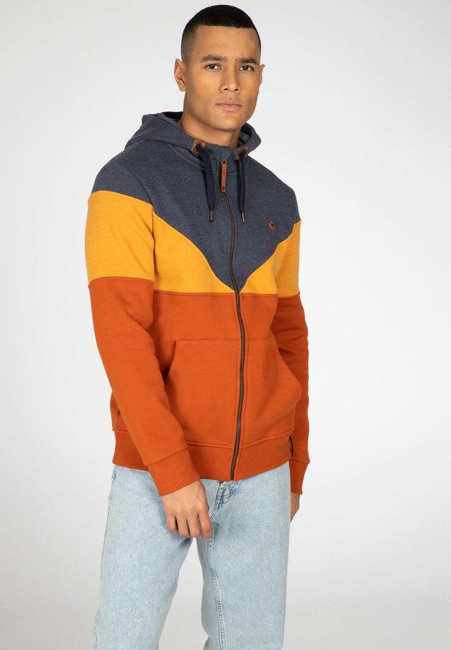 Zip-up hoodie - spicy