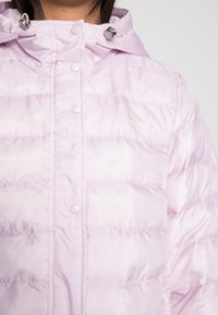 Levi's® - EDIE PACKABLE JACKET - Light jacket - winsome orchid - 4