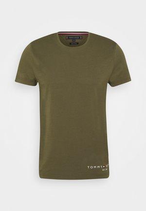 LOGO TEE - T-shirt con stampa - putting green