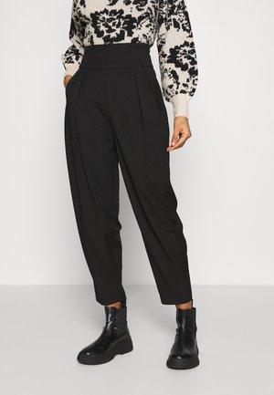LELIA PANTS - Pantalon classique - schwarz