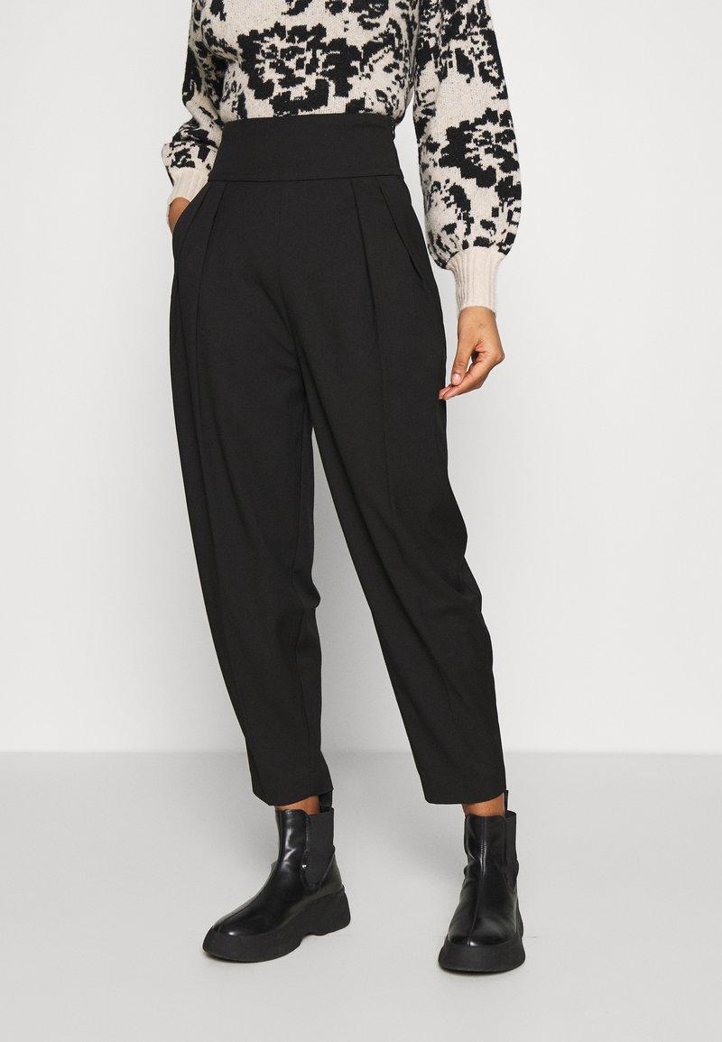 EDITED - LELIA PANTS - Trousers - schwarz