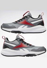 Reebok - XT SPRINTER 2.0 ALTERNATE ENERGY DRIVERS RUNNING - Sneakers basse - grey - 10