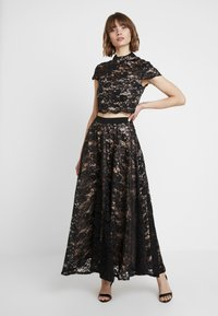 Sista Glam - TESSIE SET - Maxi skirt - black/nude - 0