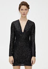 PULL&BEAR - MIT ZIERKNOTEN - Sukienka koktajlowa - black - 0