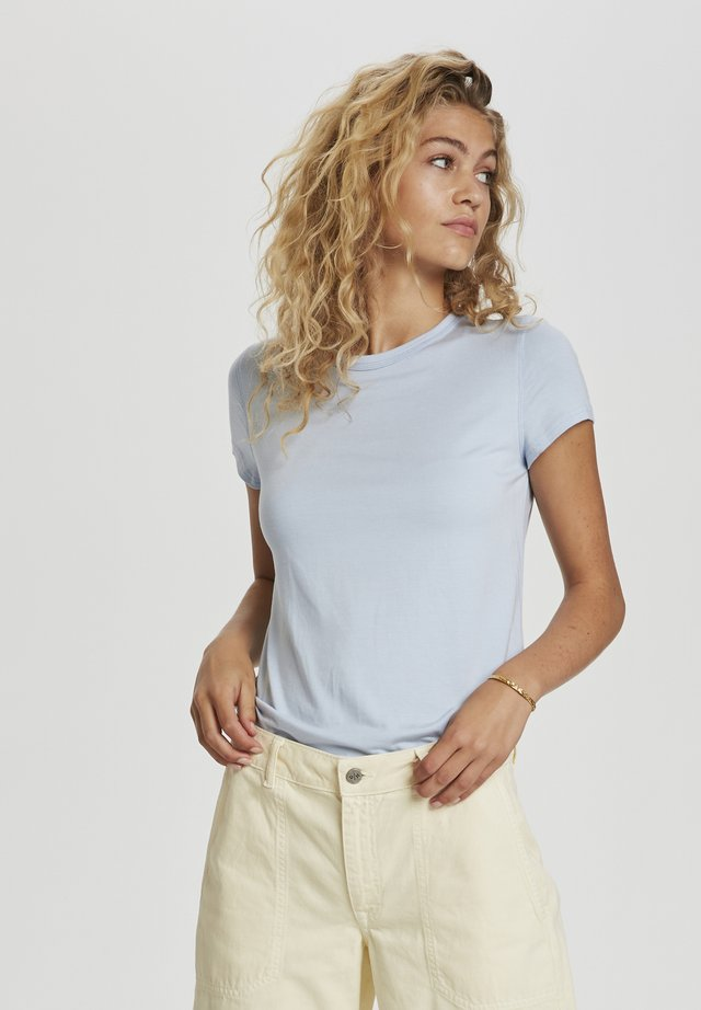 T-shirt basic - cashmere blue