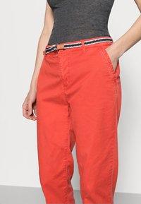 Esprit - FLOW - Chinos - orange red - 4