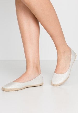 Loafers - silver