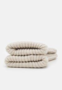 Weekday - CANDICE GLOVES - Mittens - off white melange - 1