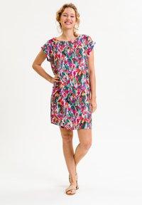 UVR Berlin - ANNABELLINA - Jersey dress - bunt  floraler print - 1