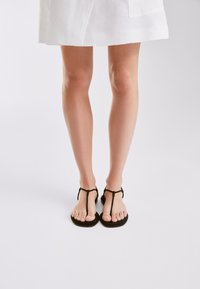 Massimo Dutti - T-bar sandals - black - 2