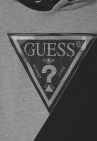 Guess - JUNIOR HOODED ACTIVE HOLOGRAPHIC - Sweatshirt - black/grey - 2