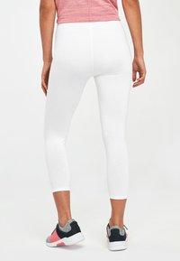Next - WHITE CROPPED LEGGINGS - Leggings - Trousers - white - 1