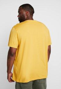 Lacoste - T-shirt basic - darjali - 2