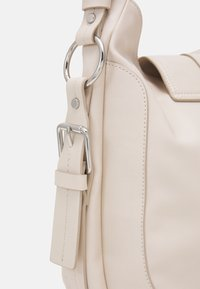 Esprit - HALLIET HOBO - Handbag - off-white - 3