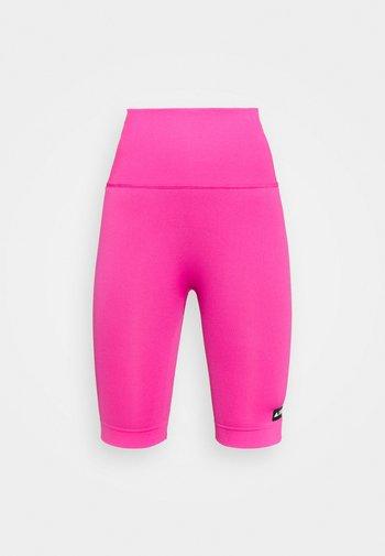 SCULPT - Leggings - screaming pink