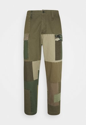 PATCHWORK PANT - Trousers - army green
