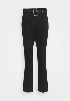 BELTED WRATH JEAN - Flared Jeans - black
