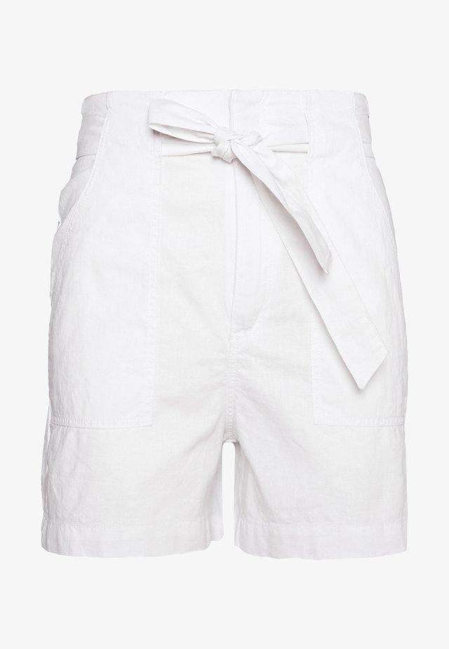 Szorty - white