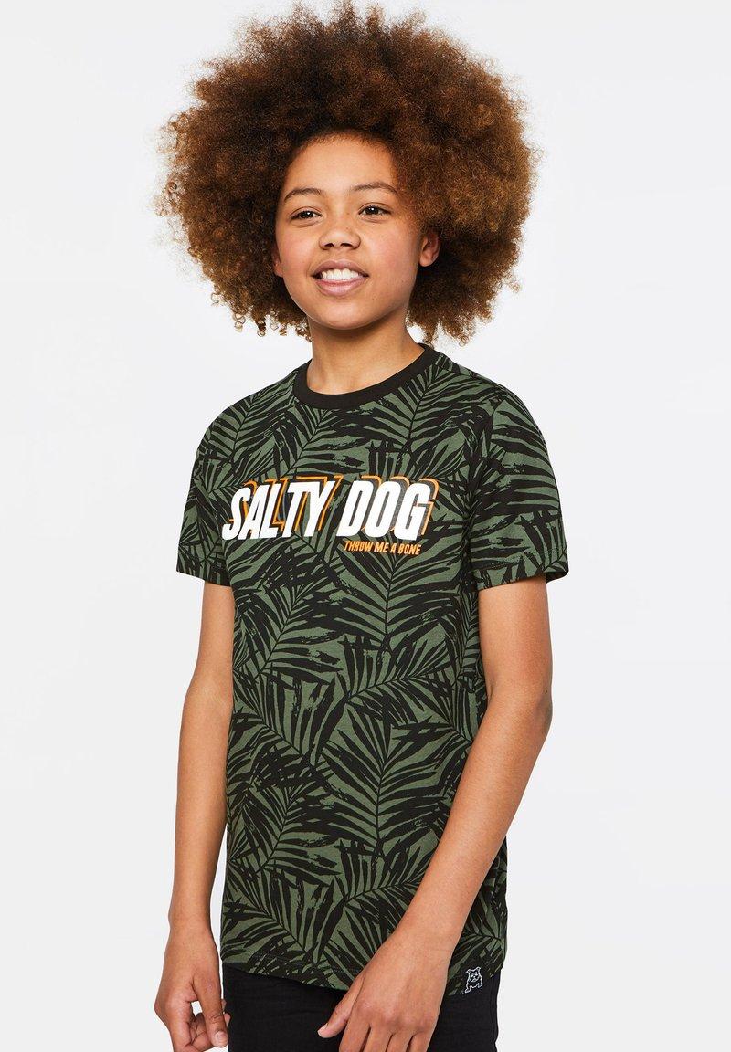 WE Fashion - WE FASHION JONGENS T-SHIRT MET TEKSTOPDRUK - Camiseta estampada - green, anthracite