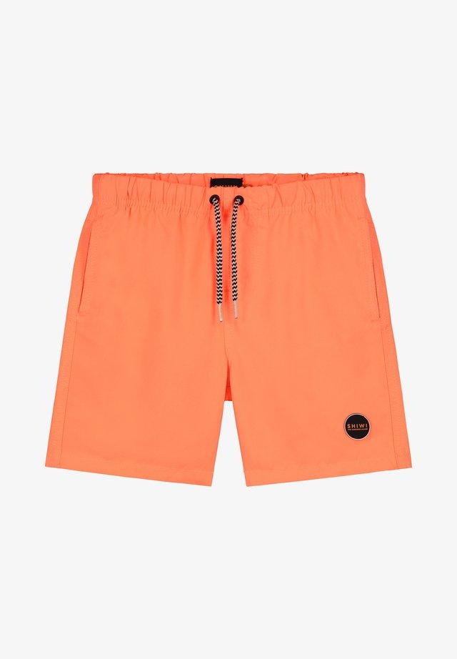 BOYS SWIMSHORT SOLID MIKE - Swimming shorts - neon orange