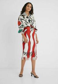 Desigual - DESIGNED BY ESTEBAN CORTAZAR - Pencil skirt - white - 1