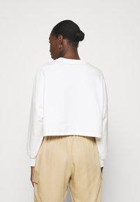 Zign - Short oversize sweatshirt - Sweatshirt - off white - 2