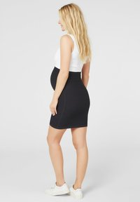 MAMALICIOUS - Pencil skirt - black - 2