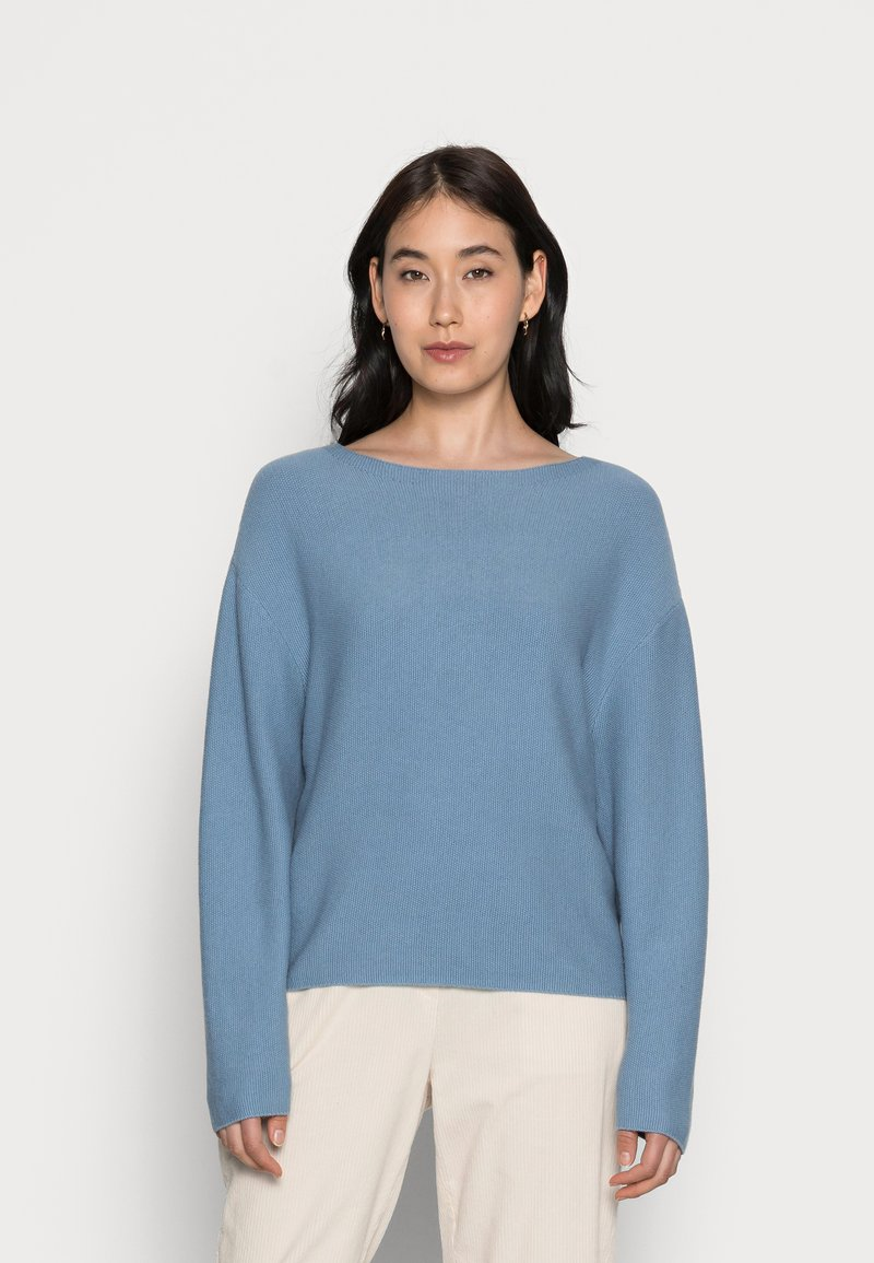 Marc O'Polo - LONGSLEEVE MODERN WIDE FIT RICE CORN STRUCTURE - Jumper - fall sky