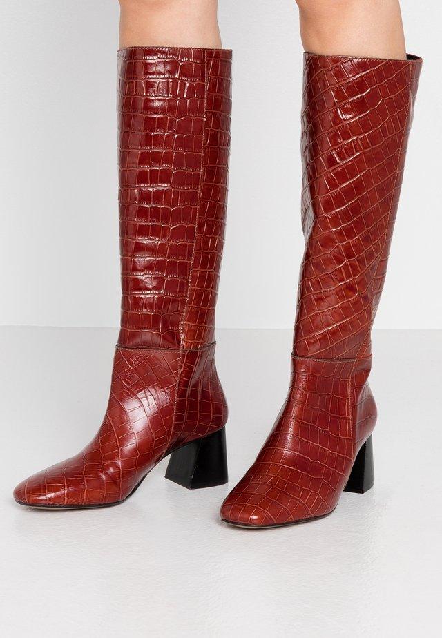Boots - monterrey
