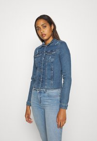 ONLY - ONLWESTA DESTROY JACKET - Denim jacket - medium blue denim - 0