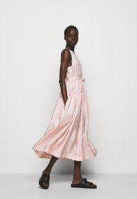 3.1 Phillip Lim - SLEEVELESS BELTED MAXI DRESS - Robe d'été - light blush - 7