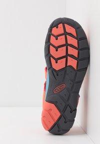 Keen - SEACAMP II CNX - Chodecké sandály - coral/poppy red - 5