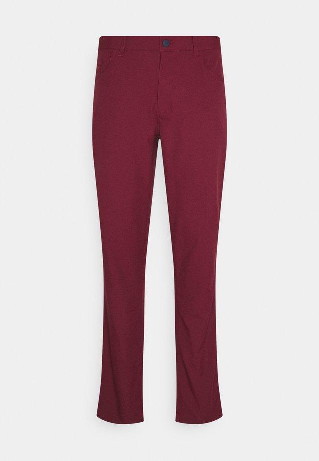 JACKPOT 5 POCKET PANT - Kalhoty - zinfandel