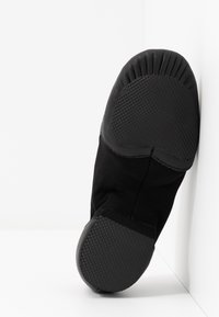 Bloch - JAZZ SHOE NEO-FLEX SLIP ON - Dance shoes - black - 5