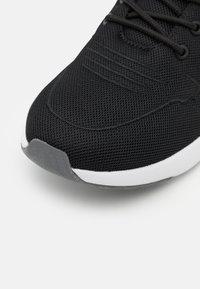 Kappa - DAROU - Scarpe da fitness - black/white - 5