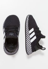 adidas Originals - DEERUPT RUNNER - Tenisky - core black/footwear white/grey five - 0