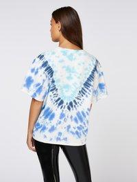 Zoe Karssen - T-shirt con stampa - true blue - 2