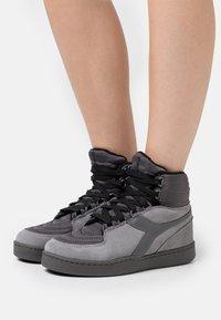 Diadora - BASKET MOON - Zapatillas altas - gray/pewter - 0