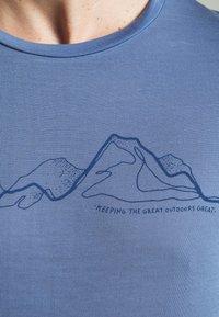 Houdini - TREE MESSAGE TEE - T-shirt print - blue - 5