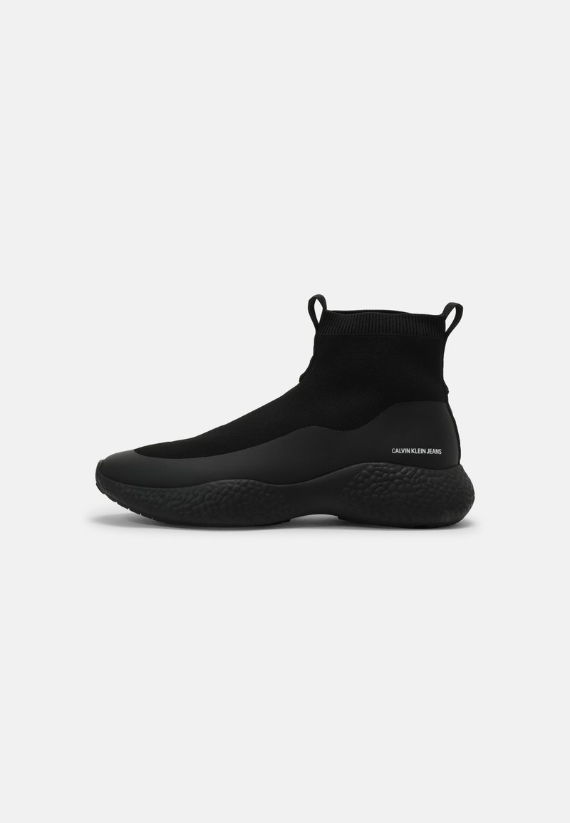 Calvin Klein Jeans - RUNNER - Sneakers hoog - triple black