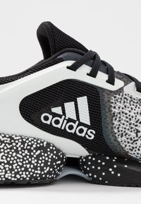 adidas Performance - ALPHATORSION - Obuwie do biegania treningowe - footwear white/core black - 5
